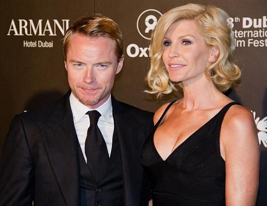 Ronan Keating se po 14 letech rozvádí s manželkou Yvonne.