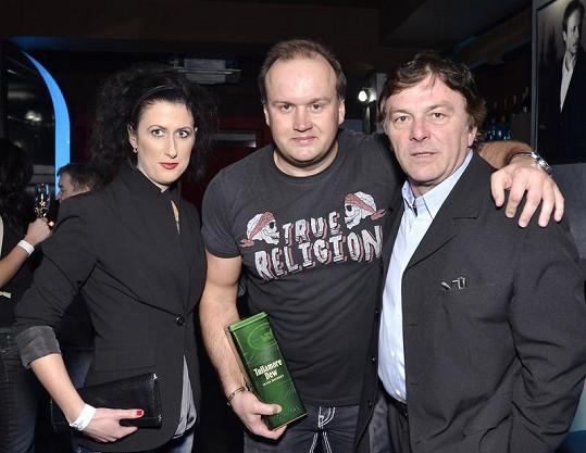 Vít s Pavlem Trávníčkem a jeho přítelkyní Monikou.