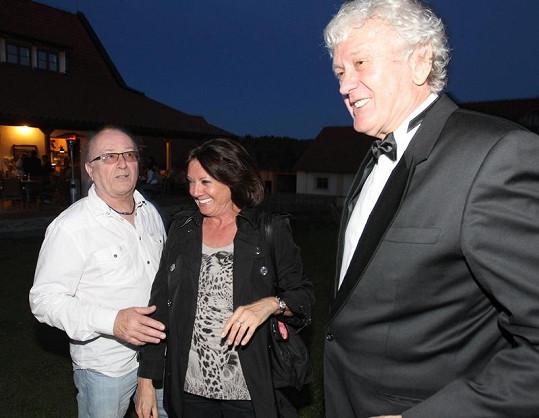 Miloš se bavil s Petrem Jandou a Marií Rottrovou.