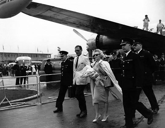 Marilyn Monroe v roce 1956 s Arthurem Millerem.