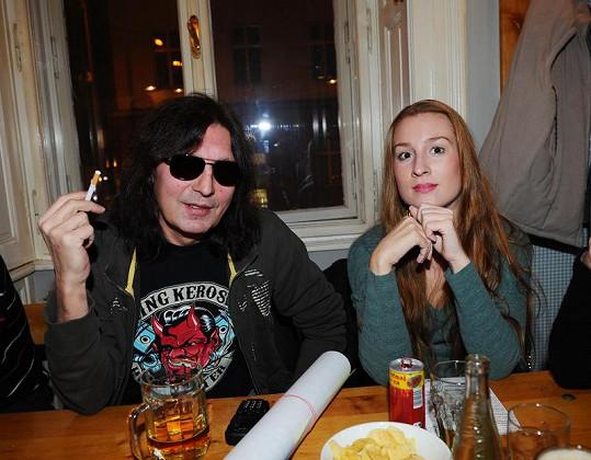 Aleš Brichta s přítelkyní.