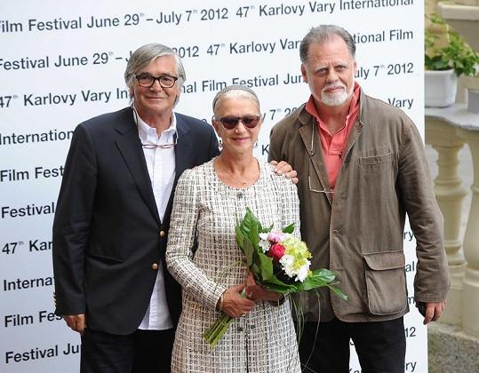 Herečku a jejího chotě přivítal prezident filmového festivalu Jiří Bartoška.