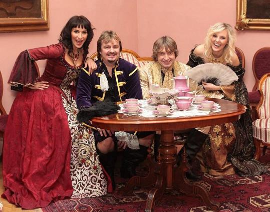ABBA Stars při natáčení klipu.