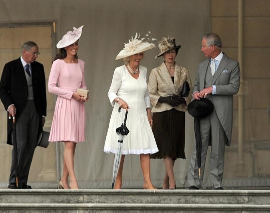 Oslavy šedesáti let vladaření královny Alžběty II. jsou v plném proudu.