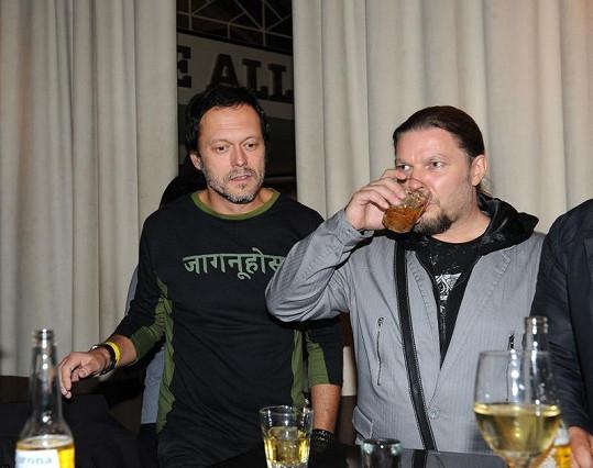 Petr Kolář a Viktor Dyk na křtu Markéty Konvičkové.