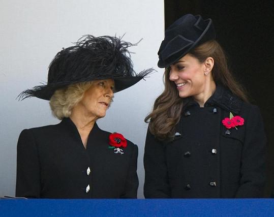 Manželka prince Charlese Camilla a vévodkyně Catherine.