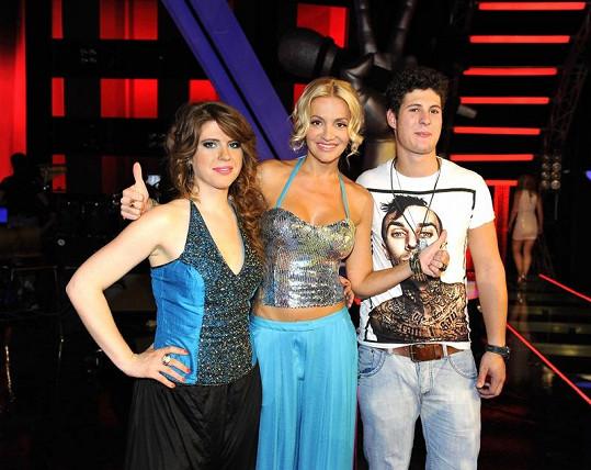 Miloš se svou koučkou z Hlasu Darou Rolins (uprostřed)