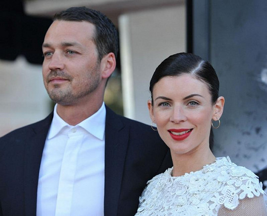 Rupert Sanders podváděl svou ženu s mladou herečkou z Twilight ságy.