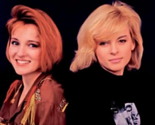 Takhle Ivana a Iveta Bartošová vypadaly před šestnácti lety.