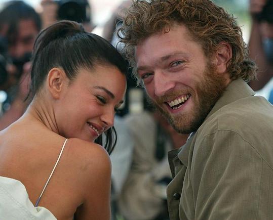 Bellucci s manželem Vincentem Casselem.