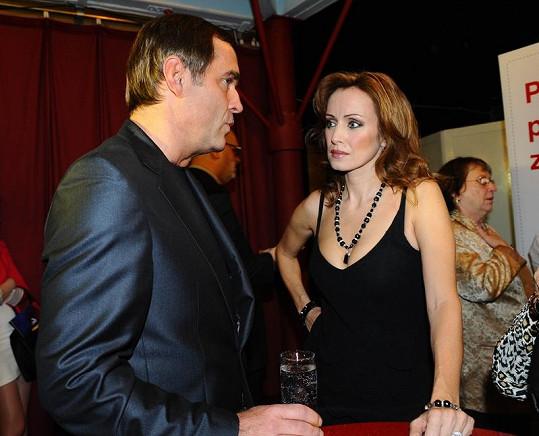 Miroslav Etzler s Kateřinou Brožovou na párty muzikálu Bídníci.