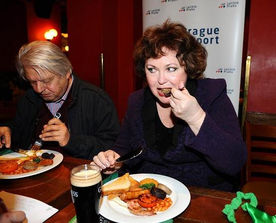 Naďa si dala pravou irskou snídani.