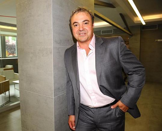 Martin Zounar na tiskové konferenci televize Nova.