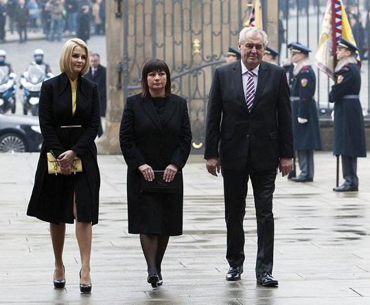 Prezident Miloš Zeman s manželkou Ivanou a dcerou Kateřinou, která je neskutečná kočka.