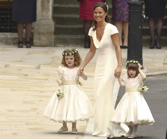 Sestra Kate Pippa Middleton.