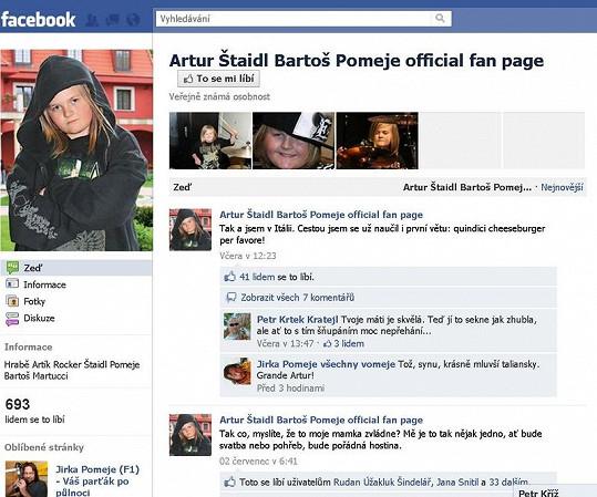 Falešný facebookový profil Artura Štaidla.