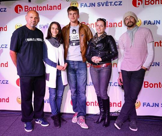 Ota Balage, Eva Burešová, Vojta Dyk, Markéta Mátlová a Dan Bárta představují nový společný projekt.