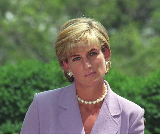 Princezna Diana tragicky zemřela v roce 1997 při autonehodě.