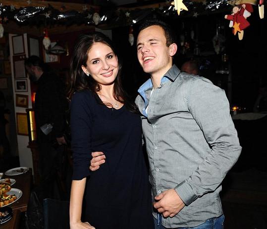 Betka Bartošová s přítelem Matějem Cichrou.