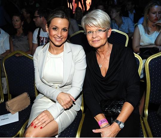 Monika Marešová s maminkou.