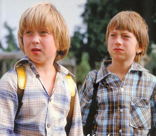 Lukáš Bech (vlevo) v Létajícím Čestmírovi.