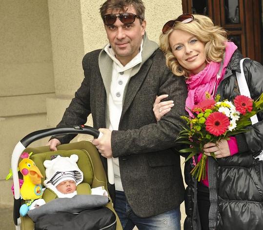 Naposledy se Lucii a Tomášovi narodila dcera Lara.