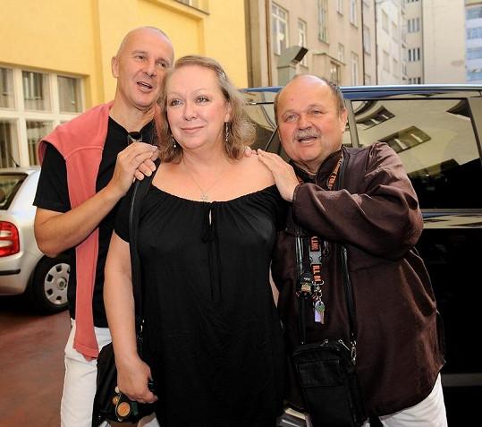 Jozef Bednárik s Ondřejem Soukupem a Gábinou Osvaldovou.