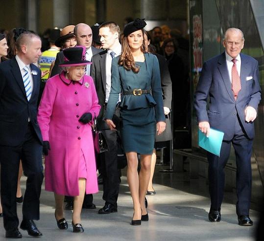 Kate Middleton a Královna Alžběta II. nemají příliš přátelský vztah.