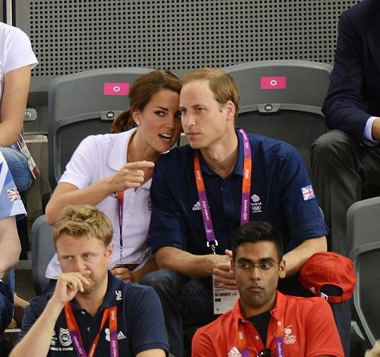 Princ William s Catherine na závodě cyklistických týmů.