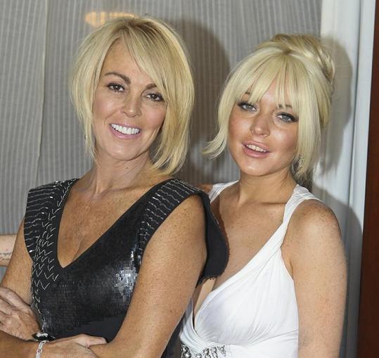 Lindsay Lohan a Dina Lohan.