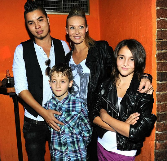 Martina s Marcusem, dcerou Jessicou a synem Antoniem na oslavě.