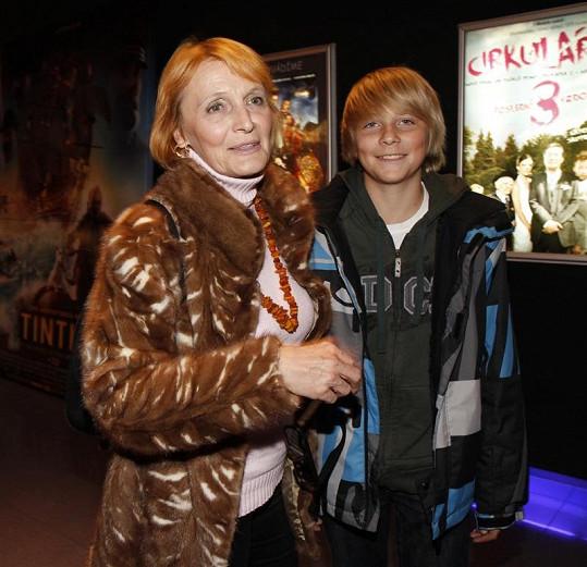 Regina Rázlová s vnukem.