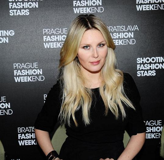 Se Simonou jsme si povídali na vyhlášení vítězů soutěže mladých módních návrhářů Start-up 2012.