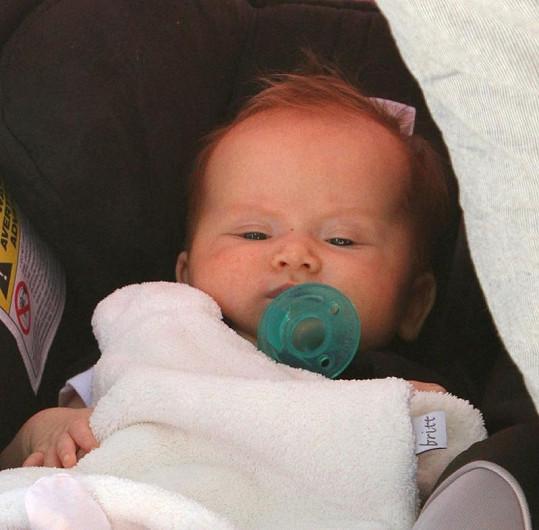 Dcera Jessicy Alby Haven Garner.