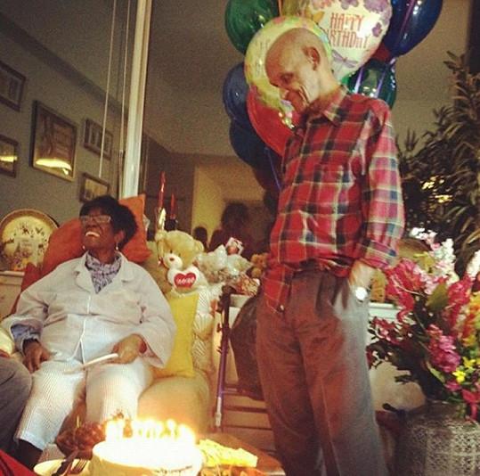 RiRi zveřejnila snímky ze soukromé oslavy narozenin na internetu.