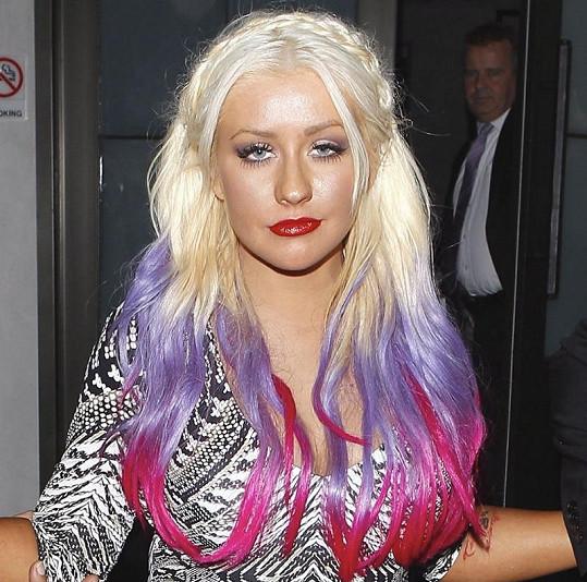 Christina by ocenila, kdyby si všichni zvykli na její kypřejší postavu.