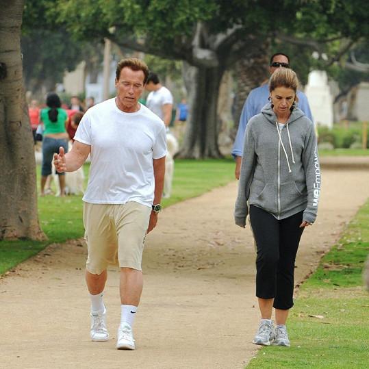Arnold Schwarzenegger se svou ženou Mariou Shriver se pravidelně věnovali sportu.