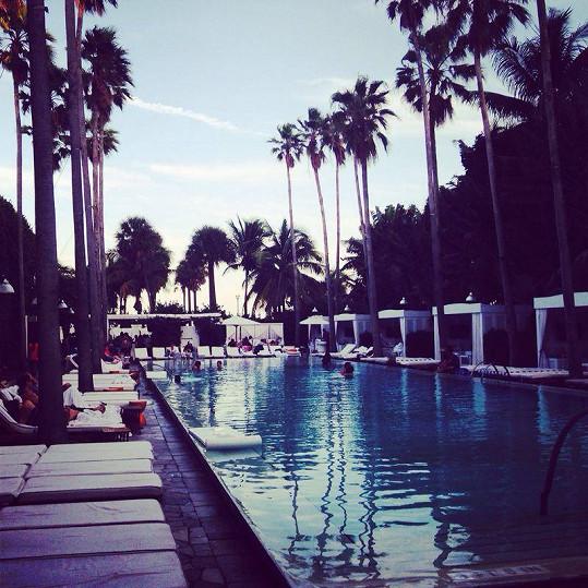 Jelikož Simona s manželem bydlí přímo na Miami, bylo povinností navštívit kultovní hotel Delano, který má v oblibě například Madonna.