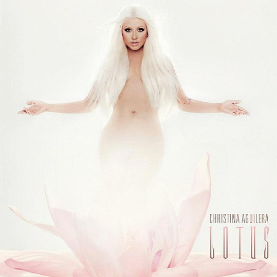 Christina ráda provokuje. Obal nového alba je důkazem.