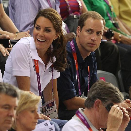 Kate s Williamem ve VIP zóně v aréně Veledrome.