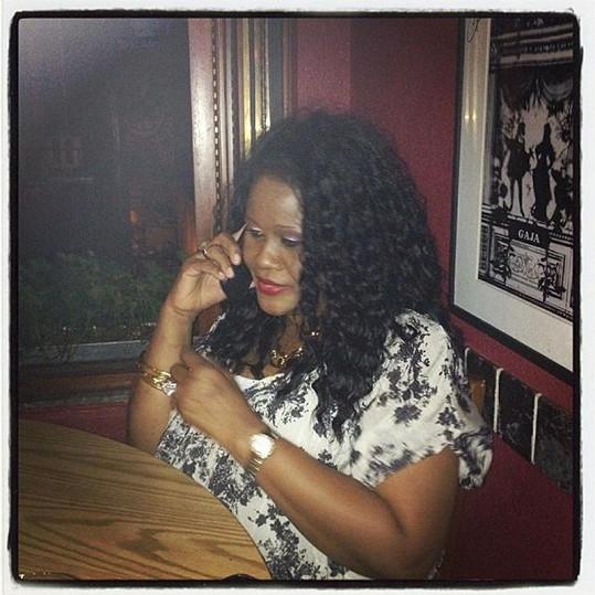 Rihanna si s matkou zašla na oběd do restaurace na Manhattanu.