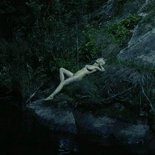 Kirsten Dunst ve filmu Melancholia.