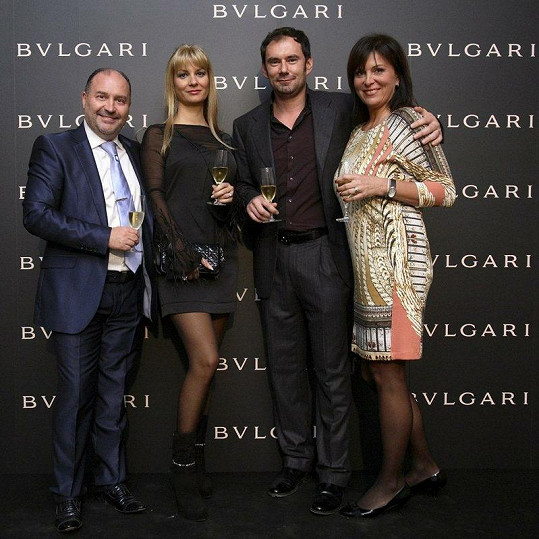 Emanuel Ridi s manželkou Janou, Michalem Davidem a jeho ženou.