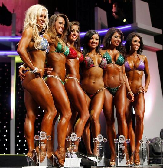 Finalistky soutěže Ms. Bikini Olympia.