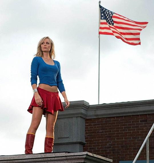 Laura v televizním seriálu Smallville.
