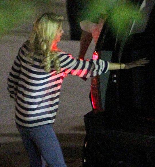 Paris Hilton v obyčejném oblečení - to se jen tak nevidí.