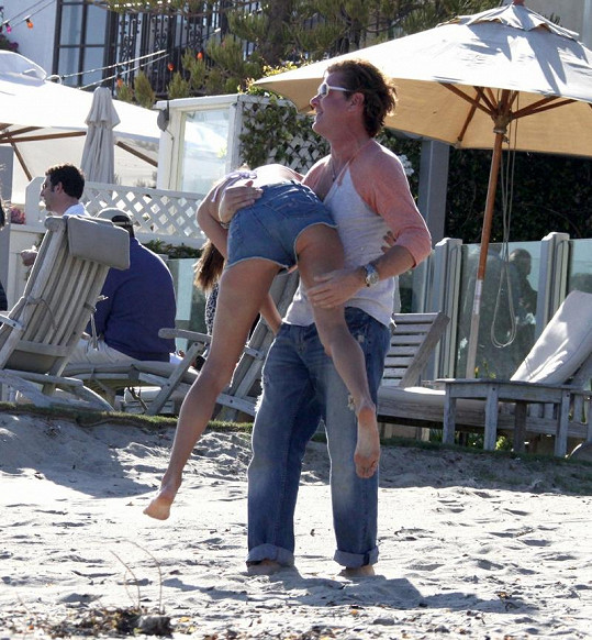 Jamie Mazur a topmodelka Victoria's Secret Alessandra Ambrosio.