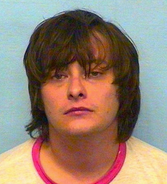 Edward byl již několikrát zatčen.