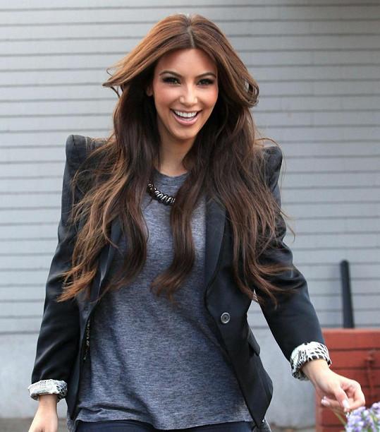 Kim Kardashian si pořádně oddechla, že neskončila na zemi.