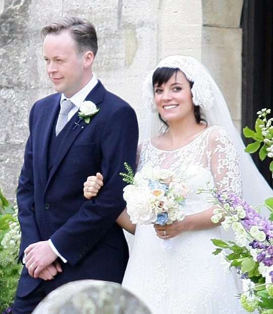 Lilly Allen se svým manželem Samem Cooperem.